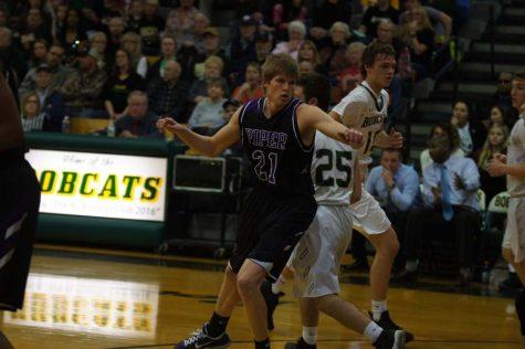 Boys' varsity basketball takes the win against Basehor