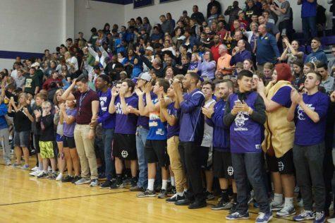 Girls' and boys' basketball teams advance to state