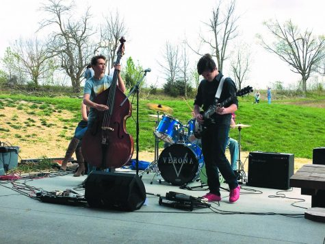 Students start band for creative outlet