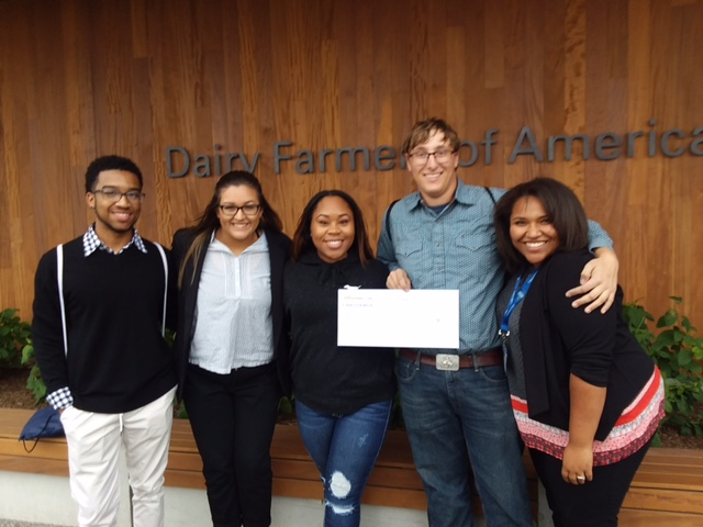 Seniors John Pride, Selena Contreras, Makeya Williamson and Alena Riley and junior Jack Kempf pose with their $1,000 grant.