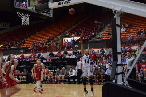 Junior LaKya Leslie gets open and makes a shot in the first quarter.
