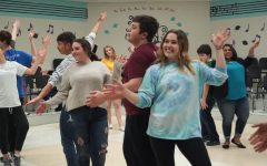 Students prepare for show choir performance in Branson