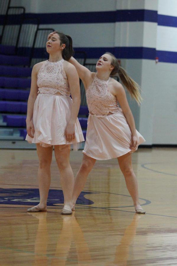Senior Hannah Haworth and sophomore Morgan Hawworth share their heartfelt duo, I will wait with the crowd.