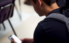 Administration, students debate phone policy
