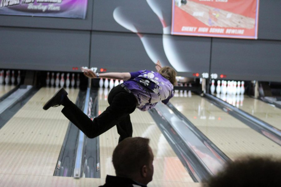 State Is Right Up Their Alley: Bowling competes at State